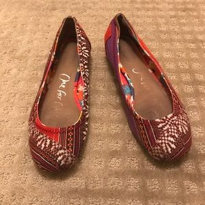 Embroidered Toms Flats